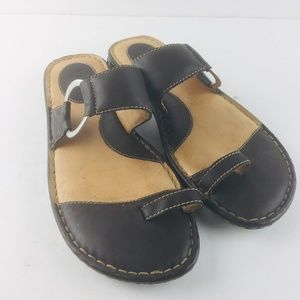 Born Captiva Sandals 10 Womens Toe Loop Ring Black